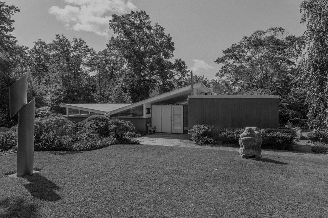 Long Island Mid Century Modern Architecture Home by Jasper Ward